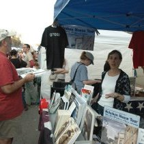 Image of Digital images, 5, Museum booth at Hoboken Arts & Music Festival, Hoboken, Sept. 30, 2007. - Print, Photographic