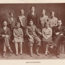 Image of pg [24]: photo sophomores Class of 1931