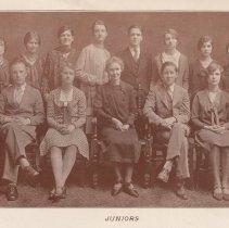 Image of pg [18]: photo juniors, Class of 1930