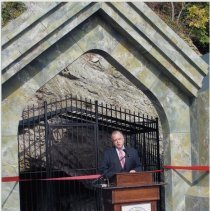 Image of Color photos, 8, of dedication ceremony & visit to Sybil's Cave, Frank Sinatra Drive, Hoboken, Oct. 21, 2008. - Print, Photographic