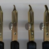 Image of detail pen heads from left: number 6, 5, 3, 1