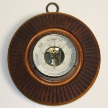 Image of Aneroid wall barometer, model 512-1, made by the Keuffel & Esser Co