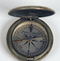Image of compass, open