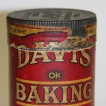 Image of Can: Davis OK Baking Powder. (6 oz.?) Made by R. B. Davis Co., Hoboken, N.J. Can with printed label. 1/4 lb.?. N.d., ca.1900-1910. - Can