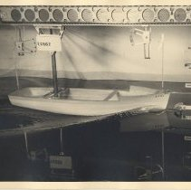 "Image of Photo 4: 8""x10"" matte print; hull test model 1287 with support; wave at bow"