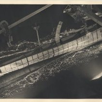 "Image of Photo 5: 8""x10"" matte print; no hull number seen; in motion; submarine?"