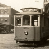Image of photo 1, detail center: car 952, Grove Street