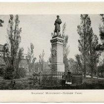 Image of [16] Soldiers' Monument - Hudson Park