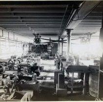 Image of 18 Newark interior, bag frame manufacturing