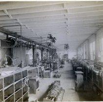 Image of 21 Newark interior, bag frame manufacturing