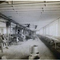 Image of 23 Newark interior, bag frame manufacturing