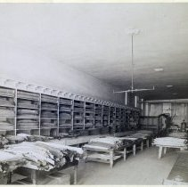 Image of 03 New York City - 76 Duane Street, warehouse / salesroom interior