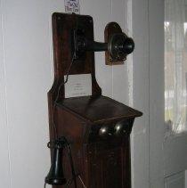 Image of 1990.48 - Telephone