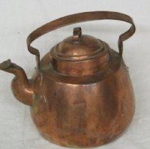 Image of 2005.1.9 - Teapot