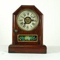 Image of Clock, Shelf - 2011.2.1