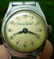Image of Wristwatch - 76.2.91