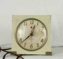 Image of Clock, Shelf - 79.96.131
