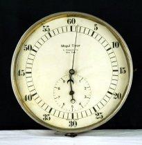 Image of Clock - 82.100.13
