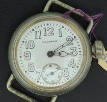 Image of Wristwatch - 82.64.93