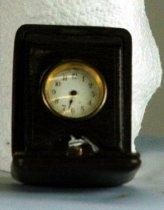 Image of Clock, Travel - 84.29.496