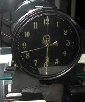 Image of Clock, Shelf - 93.37.7