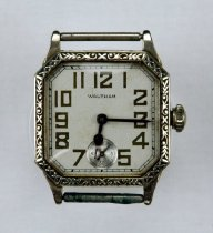 Image of Waltham wristwatch