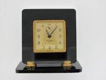 Image of Clock, Desk - FIC2015.27