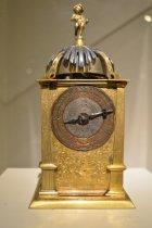 Image of German Table Clock- frontal display