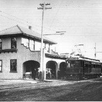 Image of 1979.32.4b - Depot Station
