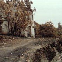 Image of 1981.46.6 - The Rotunda ruins at Napa Soda Springs