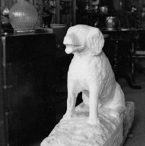Image of 1987.1.23 - Dog sculpture from Pagoda Springs