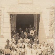 Image of 1986.36.2 - Birdice Phillips class at Shurtleff School