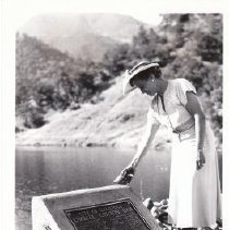 Image of 1988.10.6 - Bess Ghisolfo