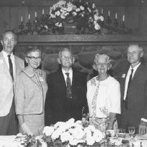 Image of 1989.31.1j - Napa High graduating class of 1917 reunion