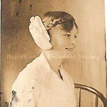 Image of 1991.22.1b - Bernice Burkett in Profile