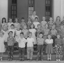 Image of 1991.57.8 - Class at Shearer School 1955