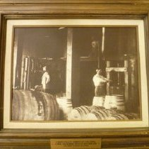 Image of 1992.77.2 - Napa Valley Winery of 1880s