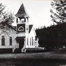 Image of 2002.43.38 - Church on Spring St., Calistoga