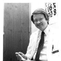 Image of 2011.61.1059 - Dr. John E. Hodgkin