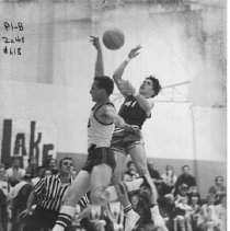 Image of 2011.61.1139 - Basketball game between Justin High School and Calistoga, December 1969.