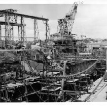 Image of USS Gudgeon at Mare Island Naval Shipyard