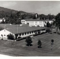 Image of 2011.61.2250 - Aerial photograph of Veterans Home of California ca. 1960s