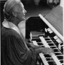 Image of 2013.43.5 - Dorothy McLean at organ