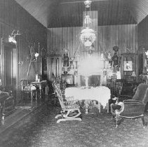 Image of 2002.43.266 - Living Room at La Perlita del Monte