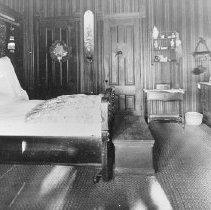 Image of 2002.43.269 - Bedroom at La Perlita del Monte