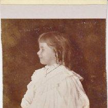 Image of 2013.2.622 - Ysabel Chase - 1895