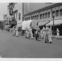 Image of 1981.43.9zf - Downtown Napa Parade