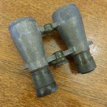 Image of 1982.2.15 - Binoculars