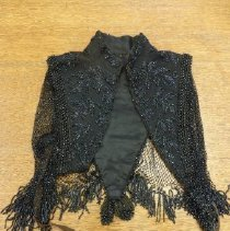 Image of 2011.75.327 - Beaded Cape
