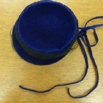 Image of 2011.75.330 - Purple Hat